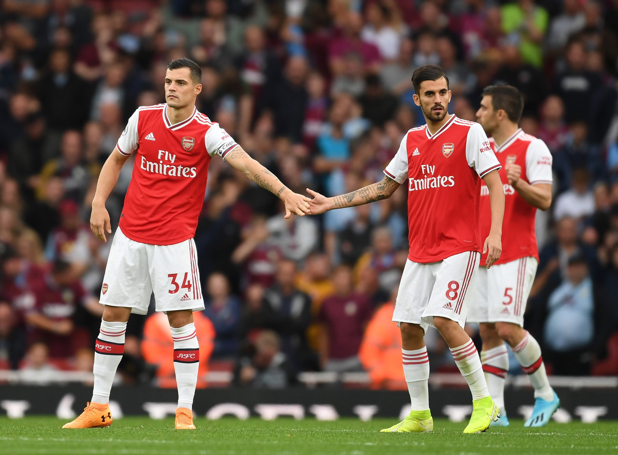 Arsenal FC v Aston Villa - Premier League